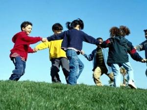 crianças-brincando